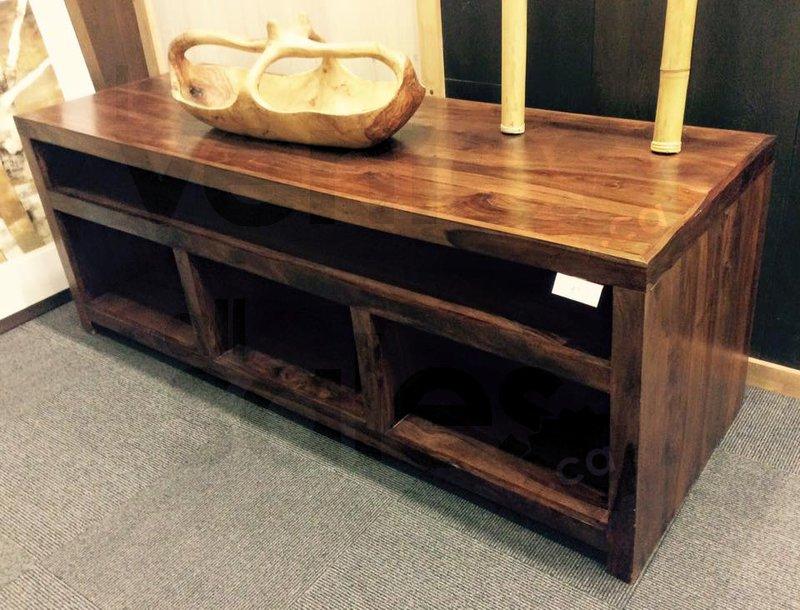 Meubles en bois artisanal jusqu 39 50 for Entrepot du meuble montreal