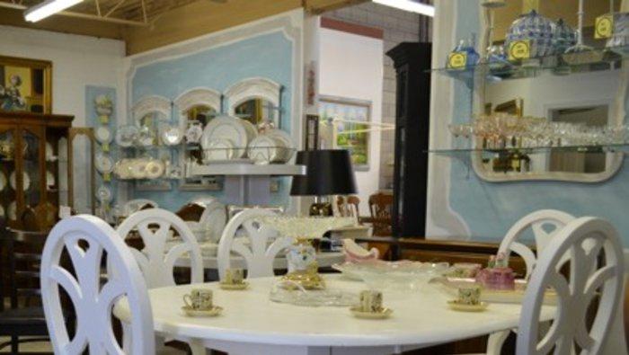 Entrep t de meubles et d coration for Entrepot de meuble montreal