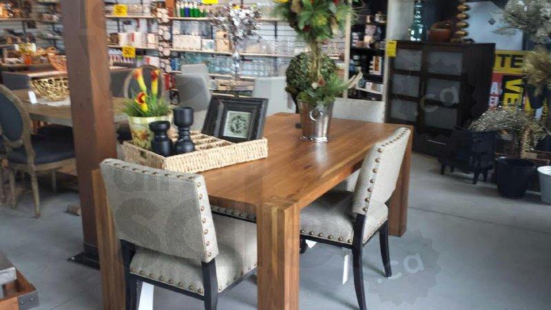 liquidation mobilier haut de gamme 70. Black Bedroom Furniture Sets. Home Design Ideas